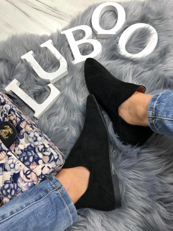 LU BOO chelsea CUT OUT BOOTS