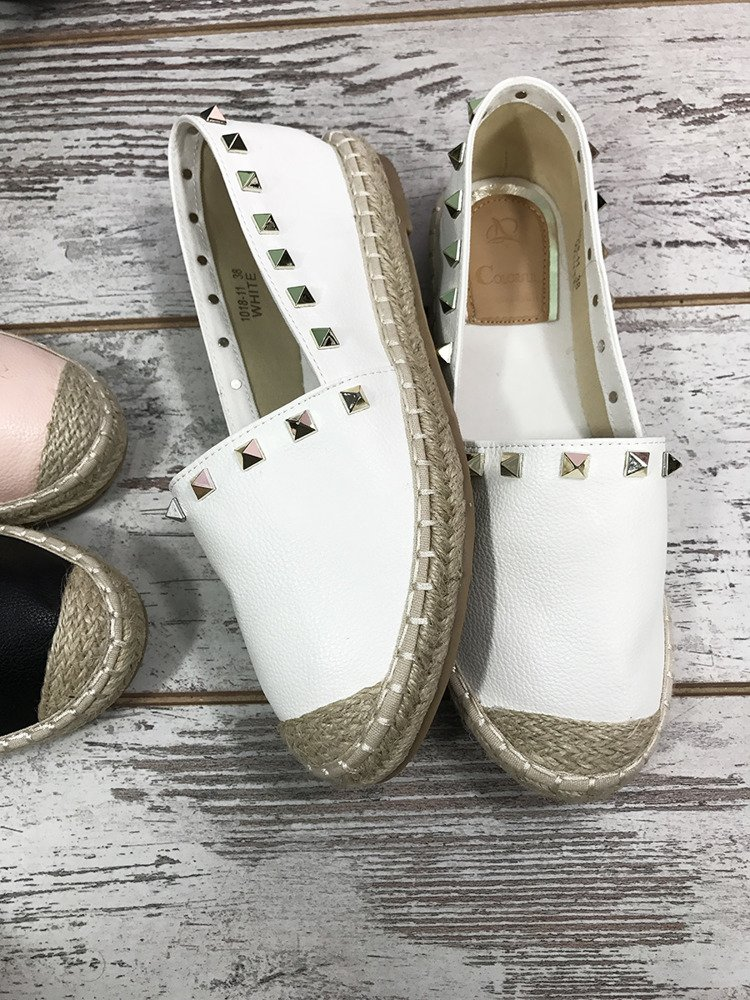 WHITE ESPADRILLES WITH STUDDS