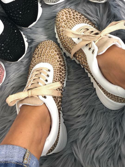 Beige sneakers with Crystals