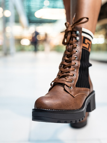 Brown Block Heel Lace Up Boots