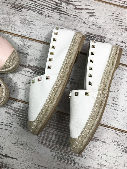 WHITE ESPADRILLES WITH STUDS