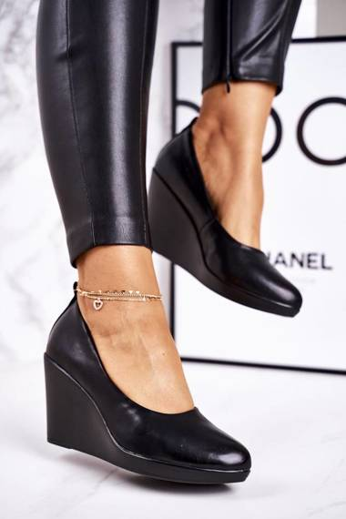 Women's Classic Wedge Pumps Black Ivonne