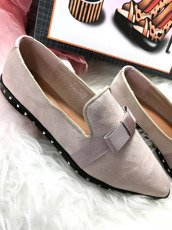 Beige Studded Mocassins With a Bow